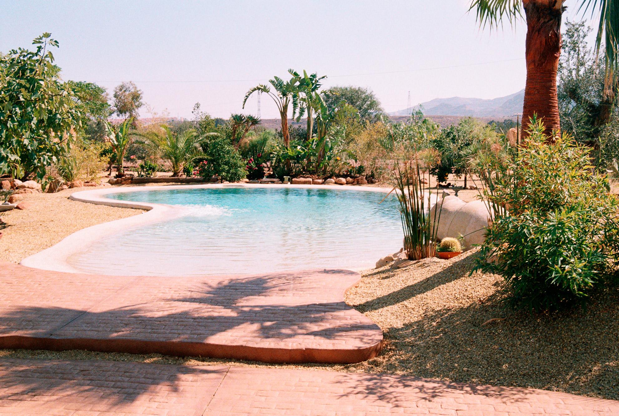 Construcci n de piscinas en m laga infinitas formas for Piscina inacua malaga