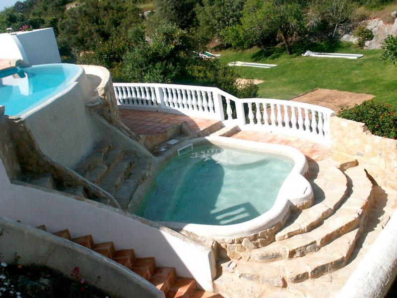 Construcción de piscinas de diseño en Roquetas de Mar