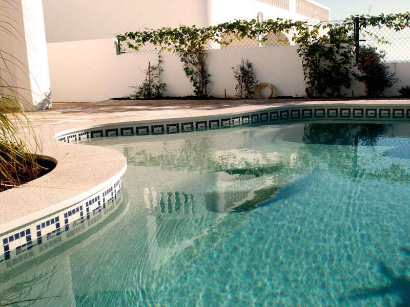 Construcción de piscinas en Huércal-Overa