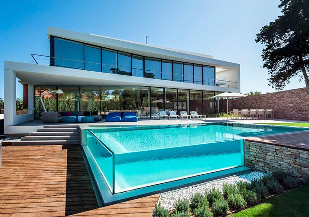 Construimos piscinas de diseño en Níjar