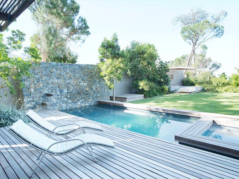 Construcción de piscinas con hormigón armado